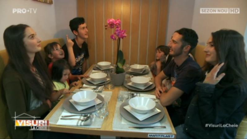 """""""Visuri la cheie"""" a ajuns la o familie cu 9 copii. Apartamentul lor cu 4 camere a fost complet schimbat"""