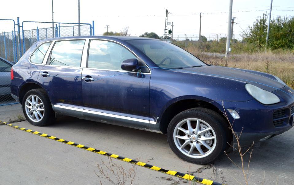 Un bărbat a venit să ridice un Porsche de la poliţie, după 2 ani. De ce a fost arestat