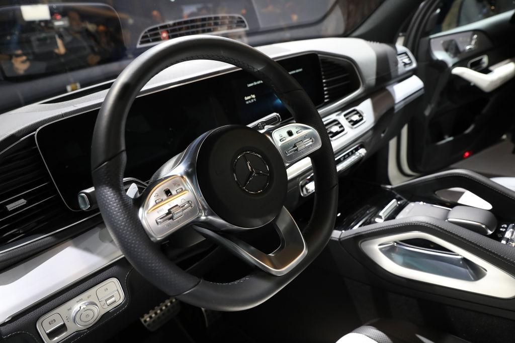 Țara afectată de sărăcie care a cumpărat 40 de Maserati sport pentru un summit