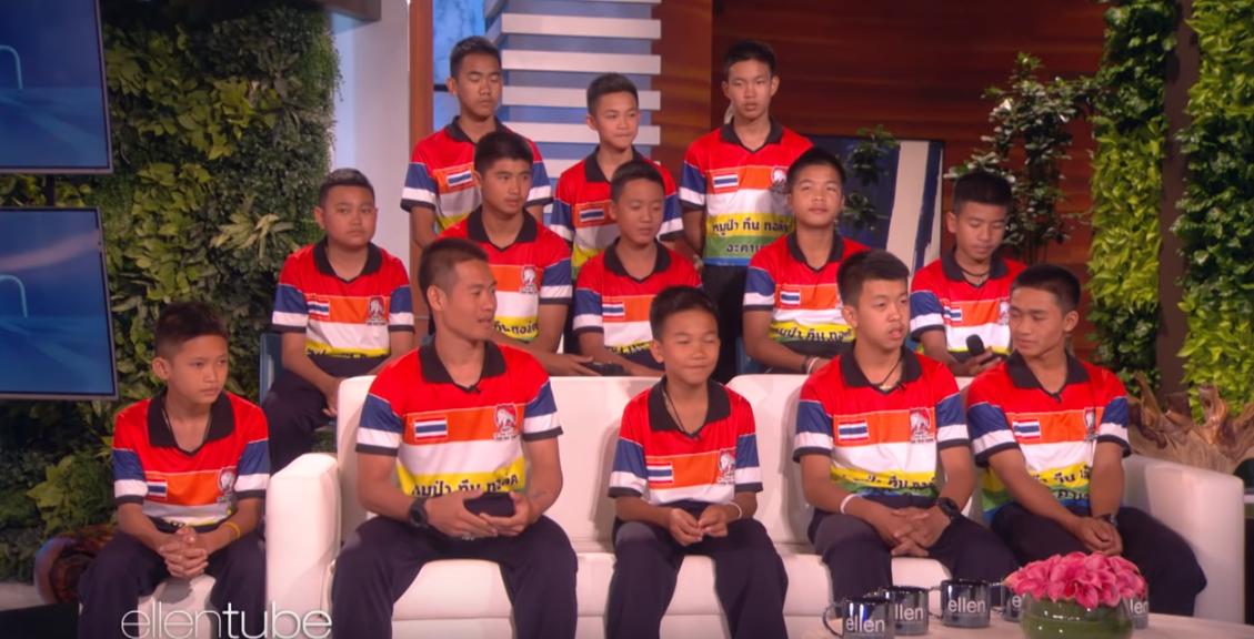 Băieții salvați din peștera din Thailanda, surprinși de fotbalistul lor preferat. Ce au mărturisit