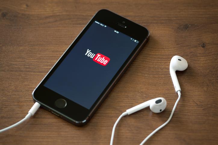 iLikeIT. Cum să aveți succes pe YouTube dacă folosiți muzică pentru crearea de conținut