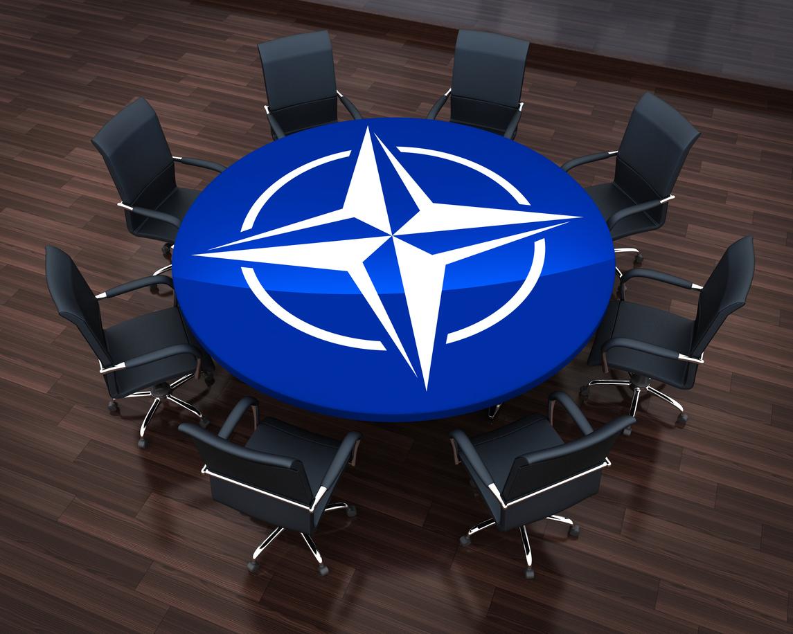 NATO va avea comandament pentru războiul pe Internet.