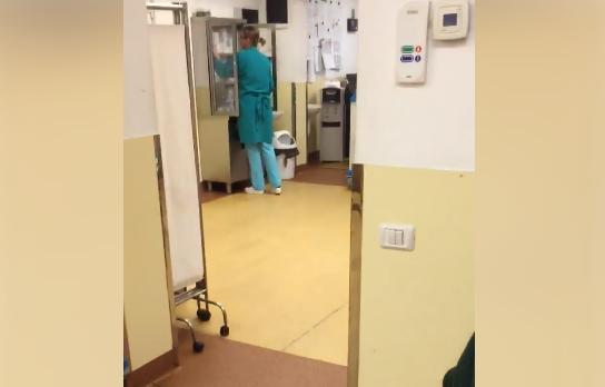 Asistente din Alexandria, acuzate că mâncau semințe în timp ce pacienții agonizau. VIDEO