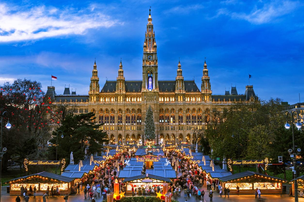Alocaţii pentru copiii străinilor: CE a declanşat procedura de infringement contra Austriei
