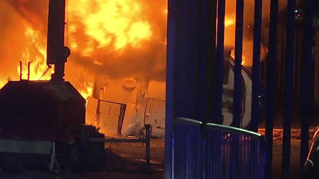 Elicopterul proprietarului echipei Leicester City s-a prăbușit lângă stadionul King Power