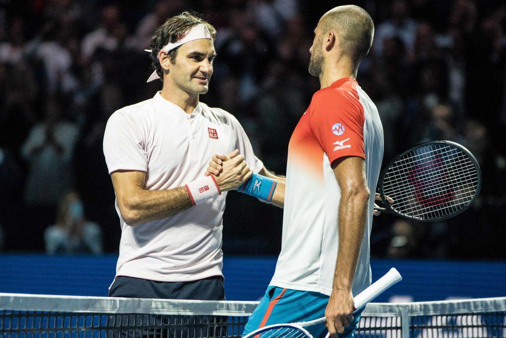 """Comentatorii maghiari au uitat microfonul deschis în timpul finalei Copil - Federer. Discuție despre """"silicoane"""" și """"Simona"""""""