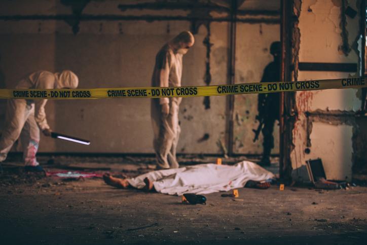 Fost polițist, găsit decapitat și cu urme de canibalism pe corp. Cine sunt principalii suspecți