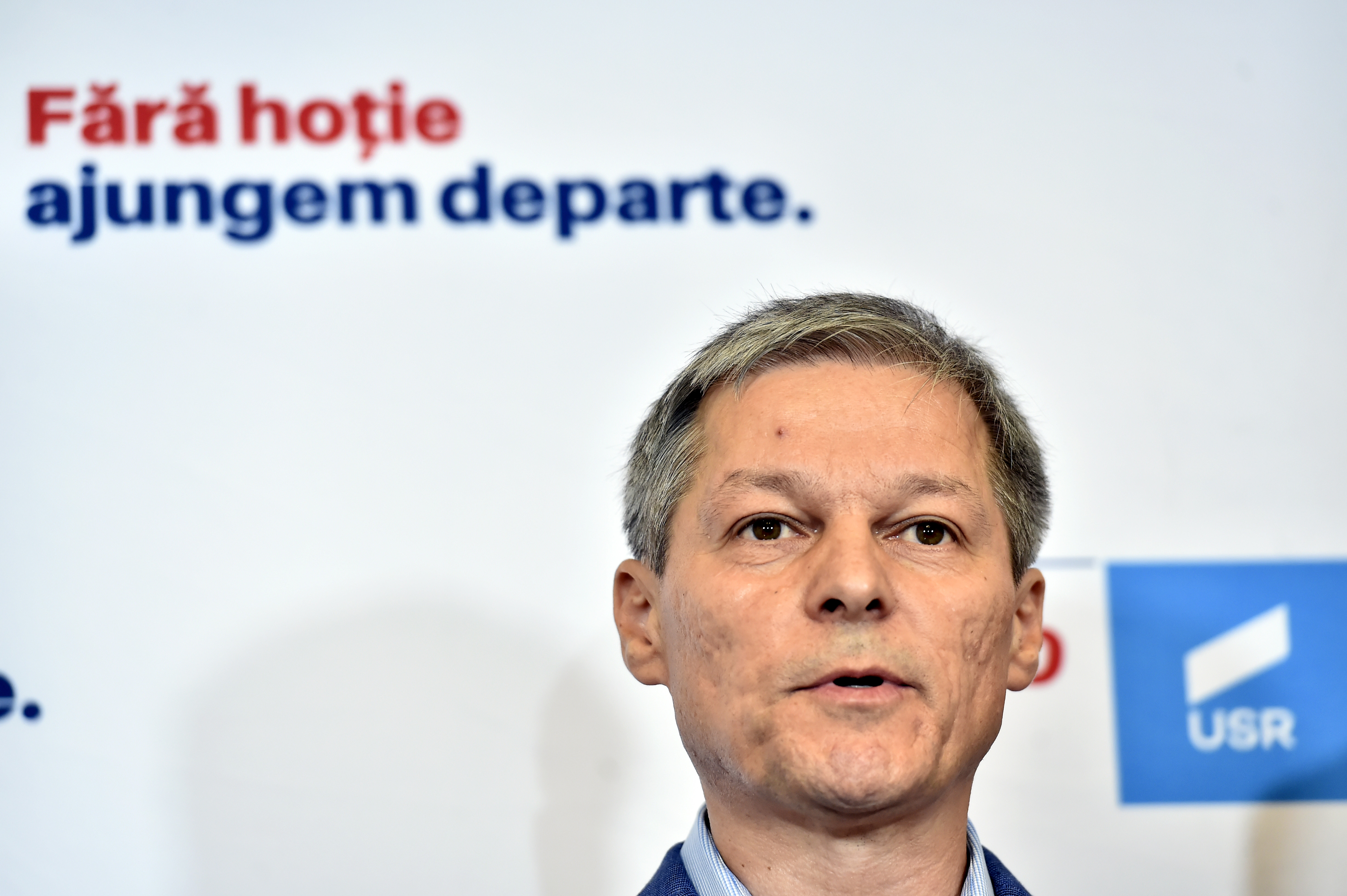 Când vor avea loc alegerile pentru conducerea USR-PLUS. Anunțul lui Cioloș