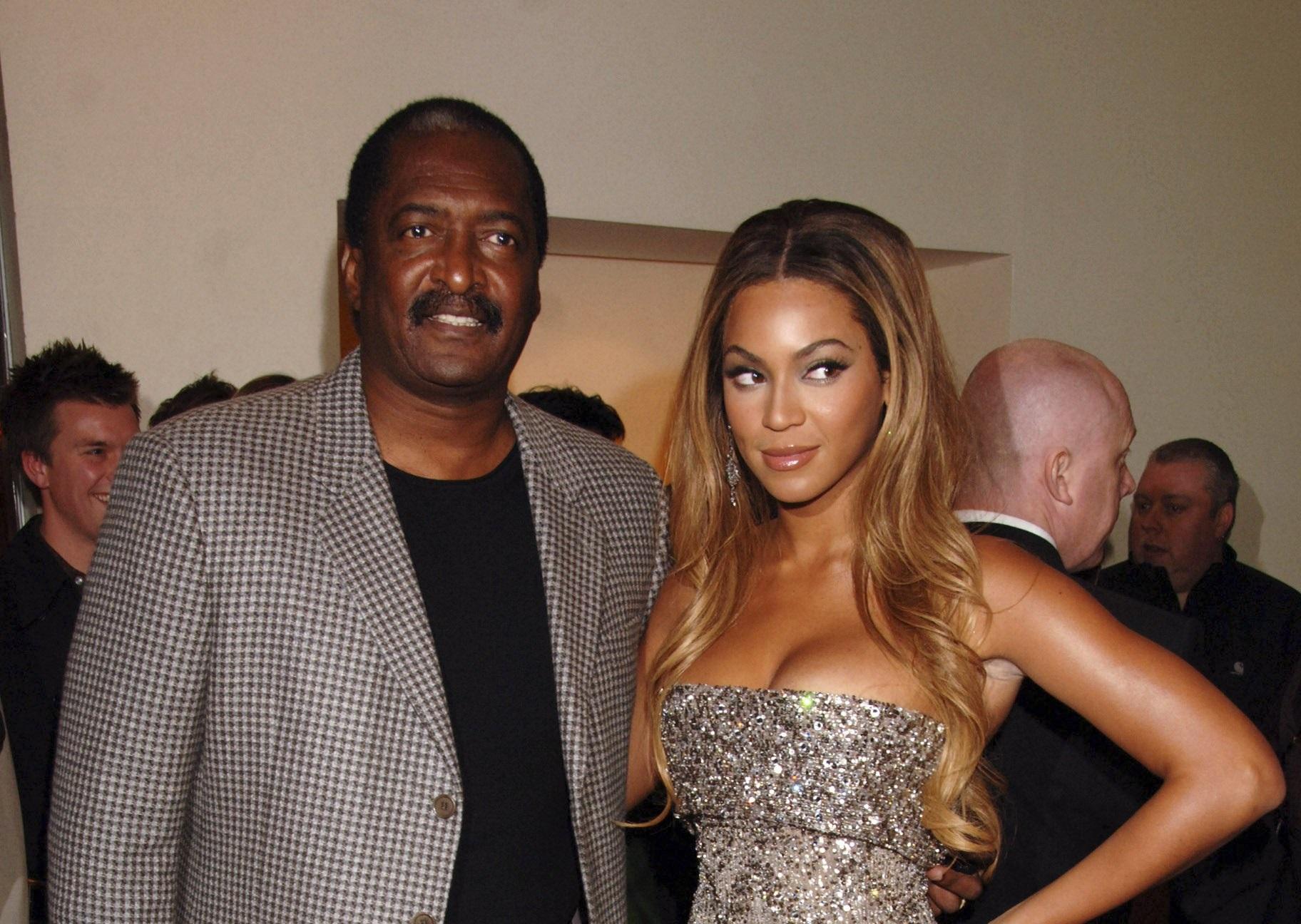 Veste cruntă primită de Beyonce. Tatăl ei a dezvăluit că suferă de cancer la sân