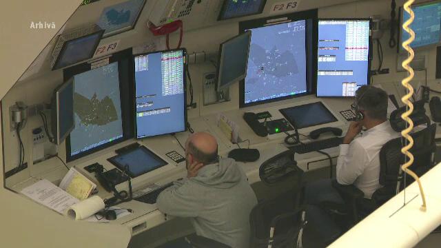 Filmul tragediei în care un controlor a murit în timp ce dirija traficul aerian