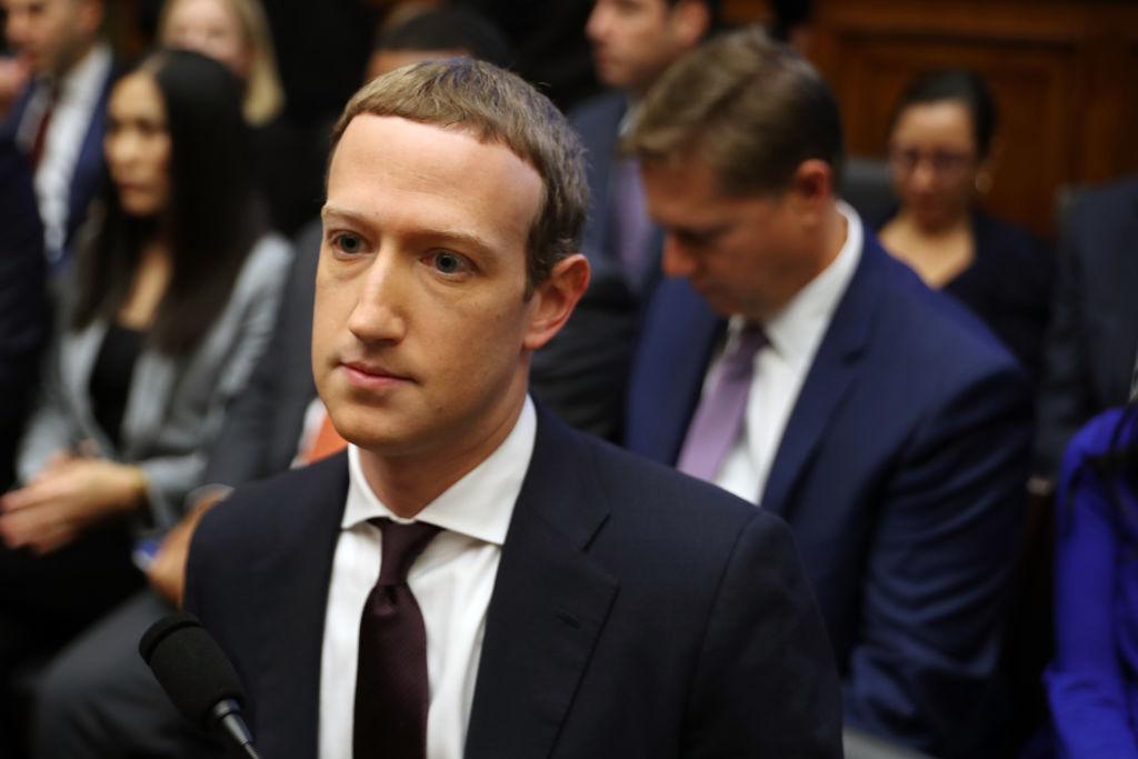Mark Zuckerberg a pierdut 7 miliarde de dolari în câteva ore