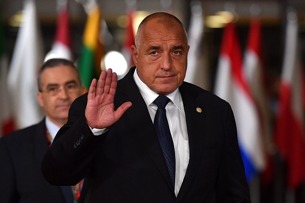 Boiko Borisov vrea să rămână în funcţie după violenţele de la Sofia. Avertismentul UE
