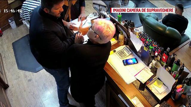 Frizerie din Braşov, controlată de poliţiştii de la Transporturi. I-au cerut portofelul casierei