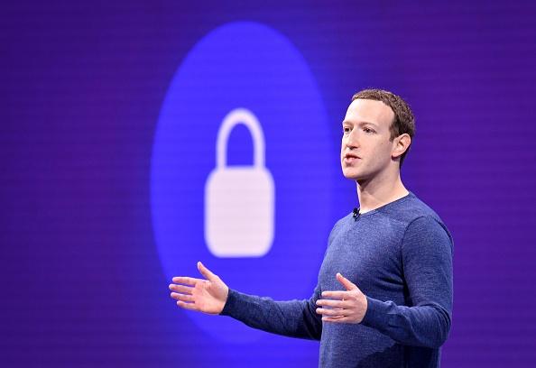 Zuckerberg, după ce Facebook, Instagram şi WhatsApp au reînceput să funcţioneze: Îmi pare rău pentru întrerupere