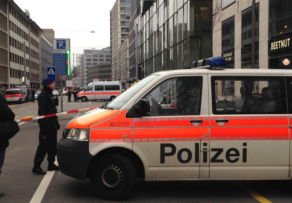 Un avion militar s-a prăbușit în centrul Elveției. Pilotul a scăpat nevătămat