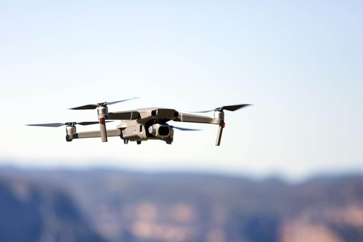 Ziariștii din Ungaria care filmează cu drone casele oligarhilor lui Viktor Orban riscă închisoarea