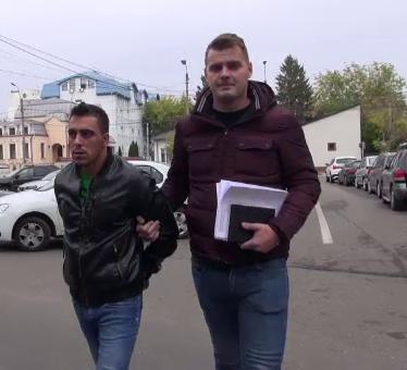 Ce s-a întâmplat cu bărbatul din Bacău acuzat că și-a ucis iubita din gelozie