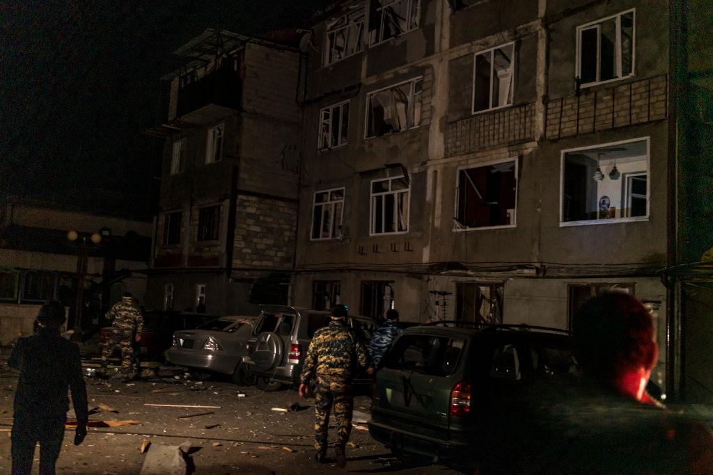 VIDEO. Capitala regiunii Nagorno-Karabah, bombardată de forțele azere