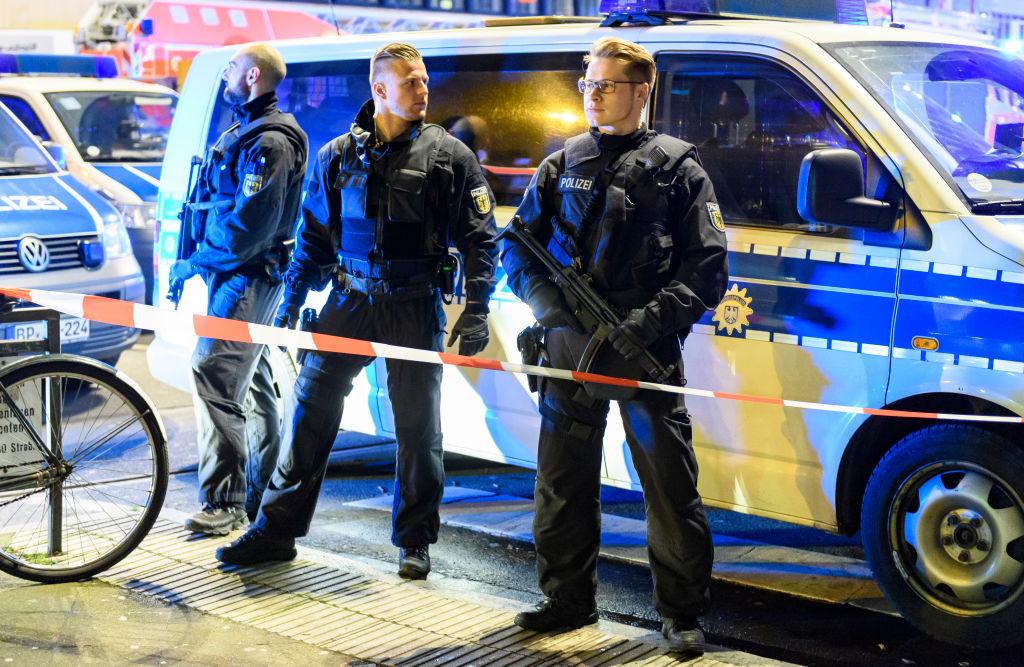 Alertă în Germania. O bombă artizanală a fost plasată într-un tren, în apropiere de Koln