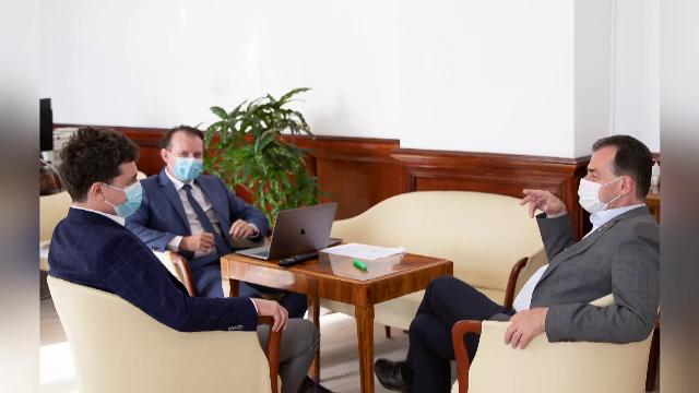Cine sunt contacții lui Ludovic Orban. Mai mulți miniștri se vor testa de Covid, după ce premierul a intrat în auto-izolare