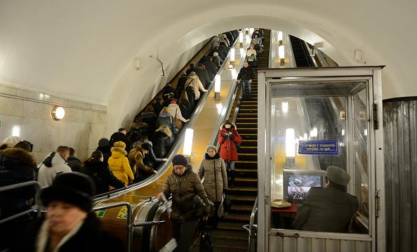 COVID, de necontrolat în Moscova. Bătrânilor nevaccinați le-a fost interzis să mai iasă din case timp de patru luni