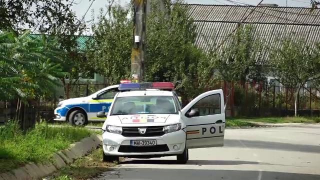 Polițiștii din Bistrița, în alertă. Cum au încercat doi bărbați să răpească o fetiță de 12 ani