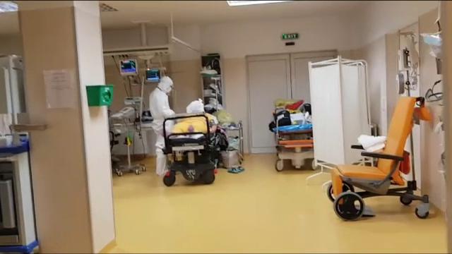 Sistemul medical este sufocat. În 14 județe și București nu mai sunt locuri la ATI