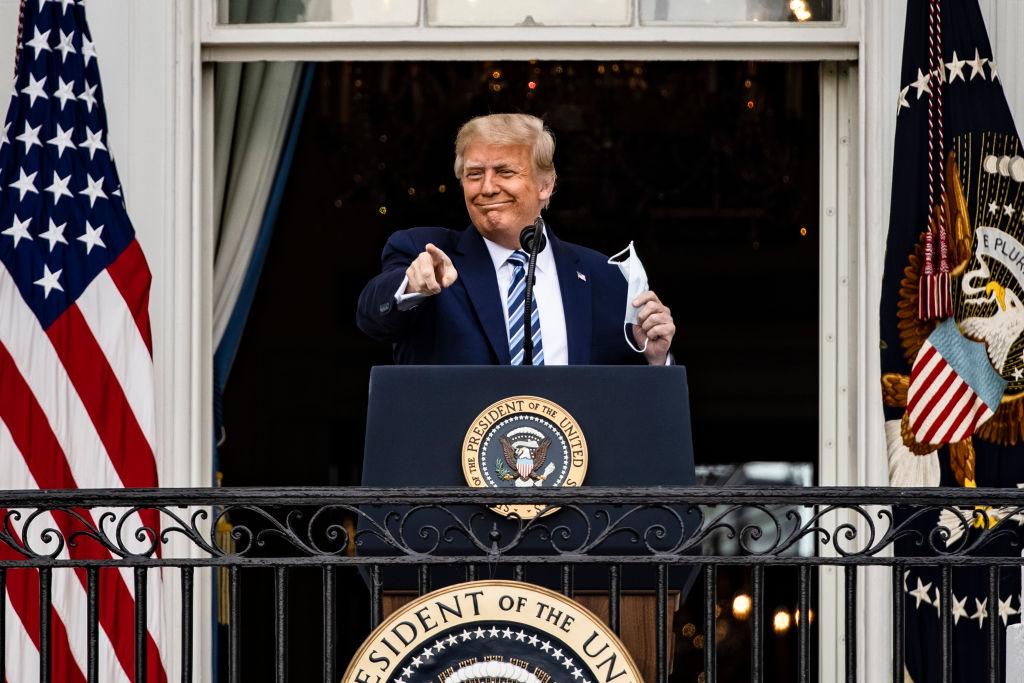 """Președintele SUA, Donald Trump, nu ar mai fi contagios: """"Mă simt grozav!"""""""