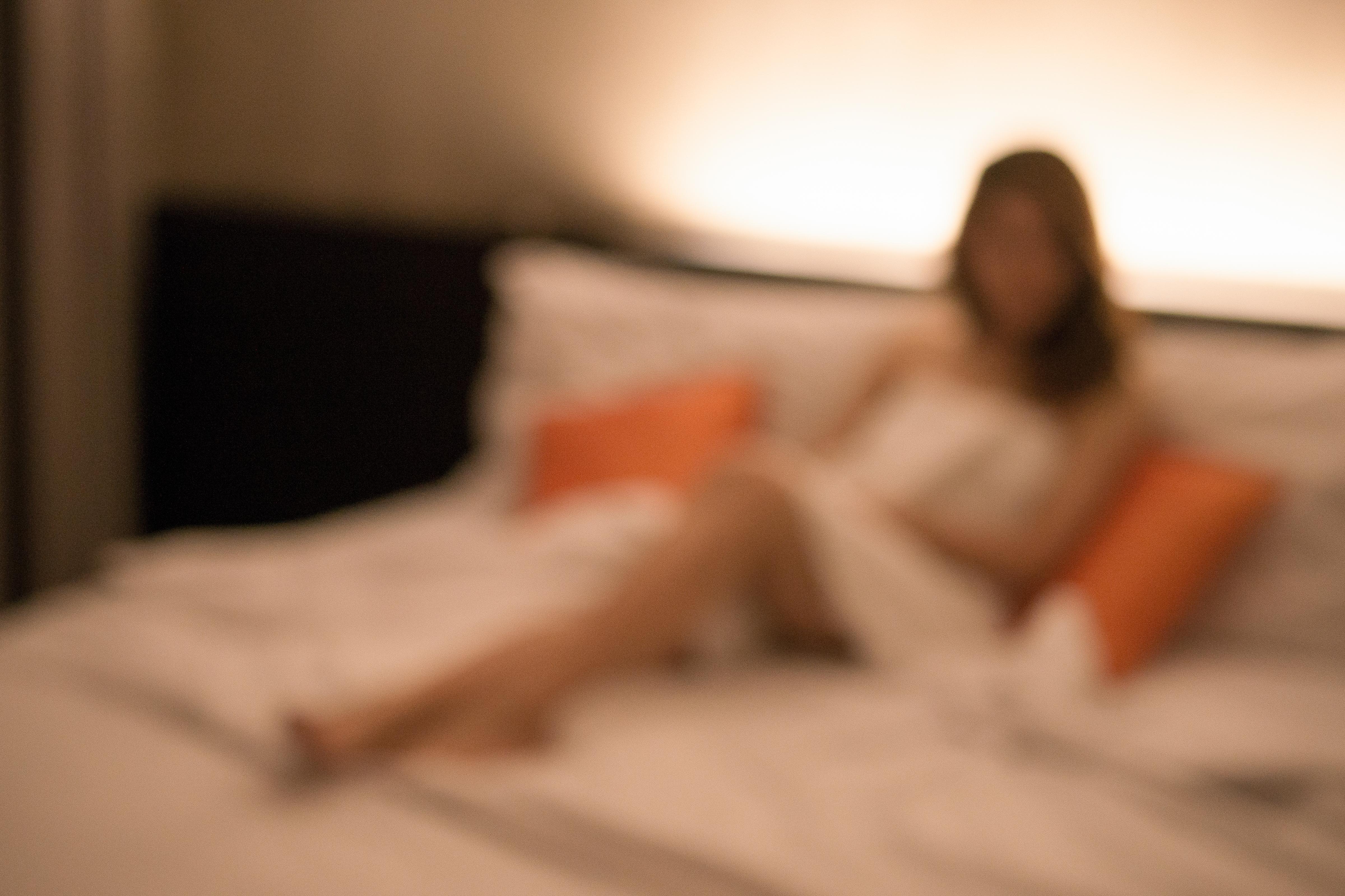 Sunt tot mai mulți părinți care s-au apucat de prostituție în criza COVID, spune reprezentantul unui ONG