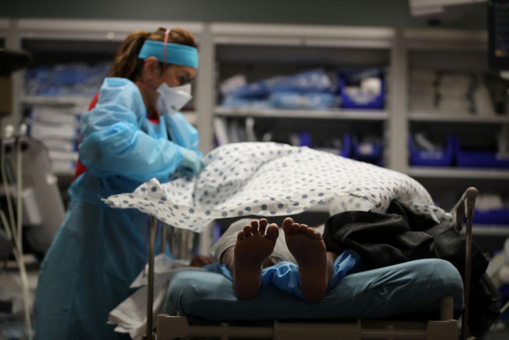 Primul caz de pacient infectat cu COVID-19 şi gripă în același timp, descoperit în Mexic