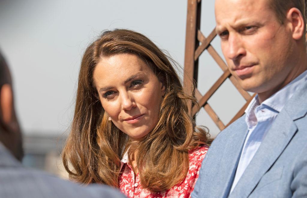 Prințul William și Kate Middleton au fost la un pas de despărțire chiar înainte de nuntă. Dezvăluiri incredibile