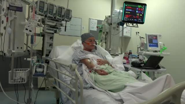 În spitalele din Marea Britanie sunt mai mulți bolnavi de Covid-19 decât erau în martie