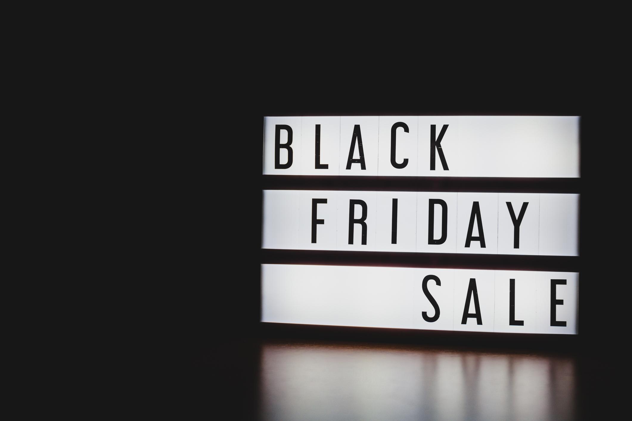 Black Friday 2020. Cum să găseşti cel mai bun preţ şi să nu ratezi nicio promoţie