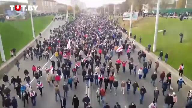 Mii de oameni au ieșit în stradă în Belarus. Mai mulți protestatari au fost reținuți