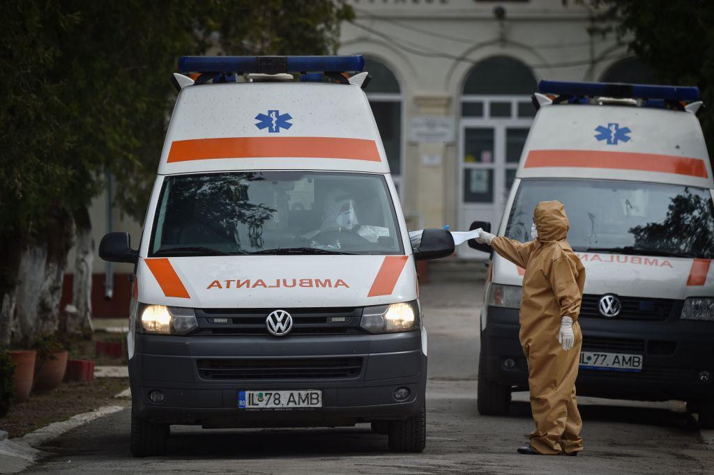 """Medic Epidemiolog: """"Dacă rata de infectare se menține, în decembrie putem să ajungem la 9.000 infecții"""""""