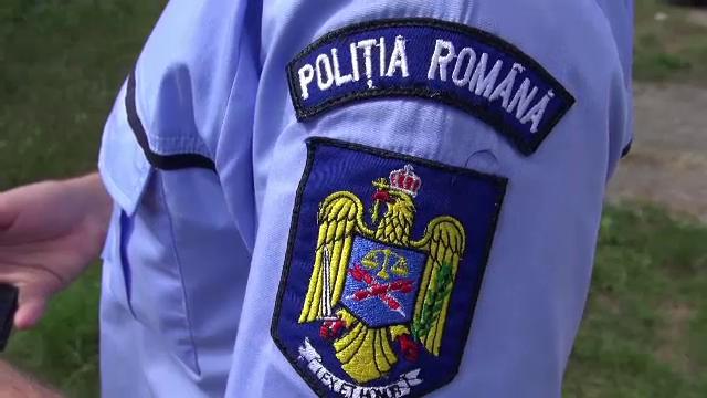 Petrecere de Sf. Valentin cu 100 de persoane, întreruptă de poliţişti în Bistrița-Năsăud