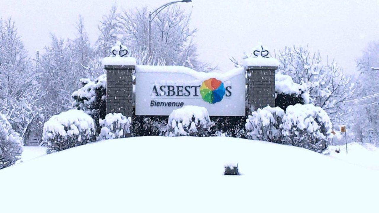 """Orășelul canadian """"Azbest"""" și-a schimbat numele pentru a scăpa de conotația negativă"""
