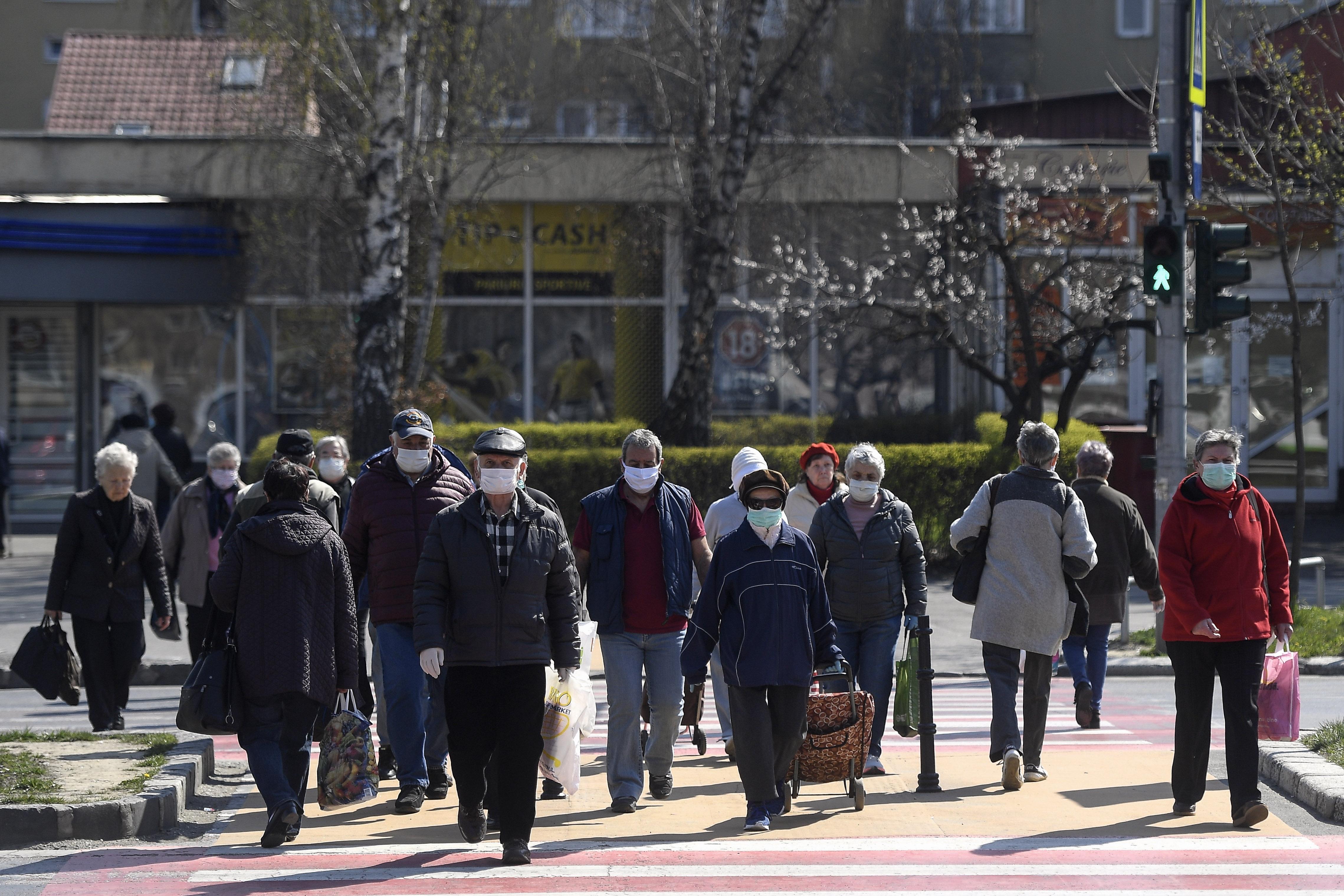 Lista orașelor din România în care purtarea măștii este obligatorie în spațiile publice. Cât de mari sunt amenzile
