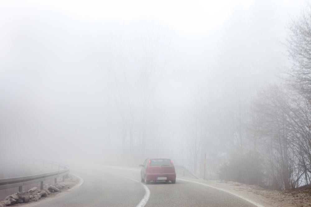 Cod galben de ceață în 36 de județe din țară. Până când este valabil