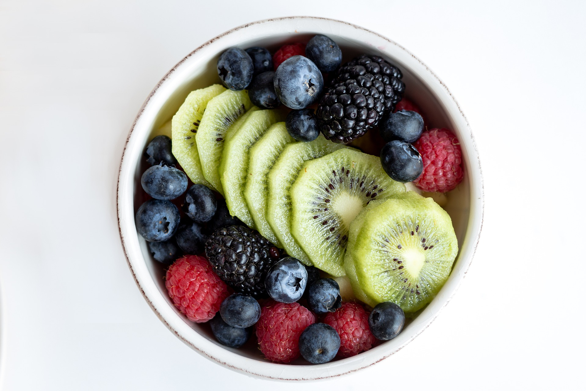 (P) Cum și când se consumă corect fructele