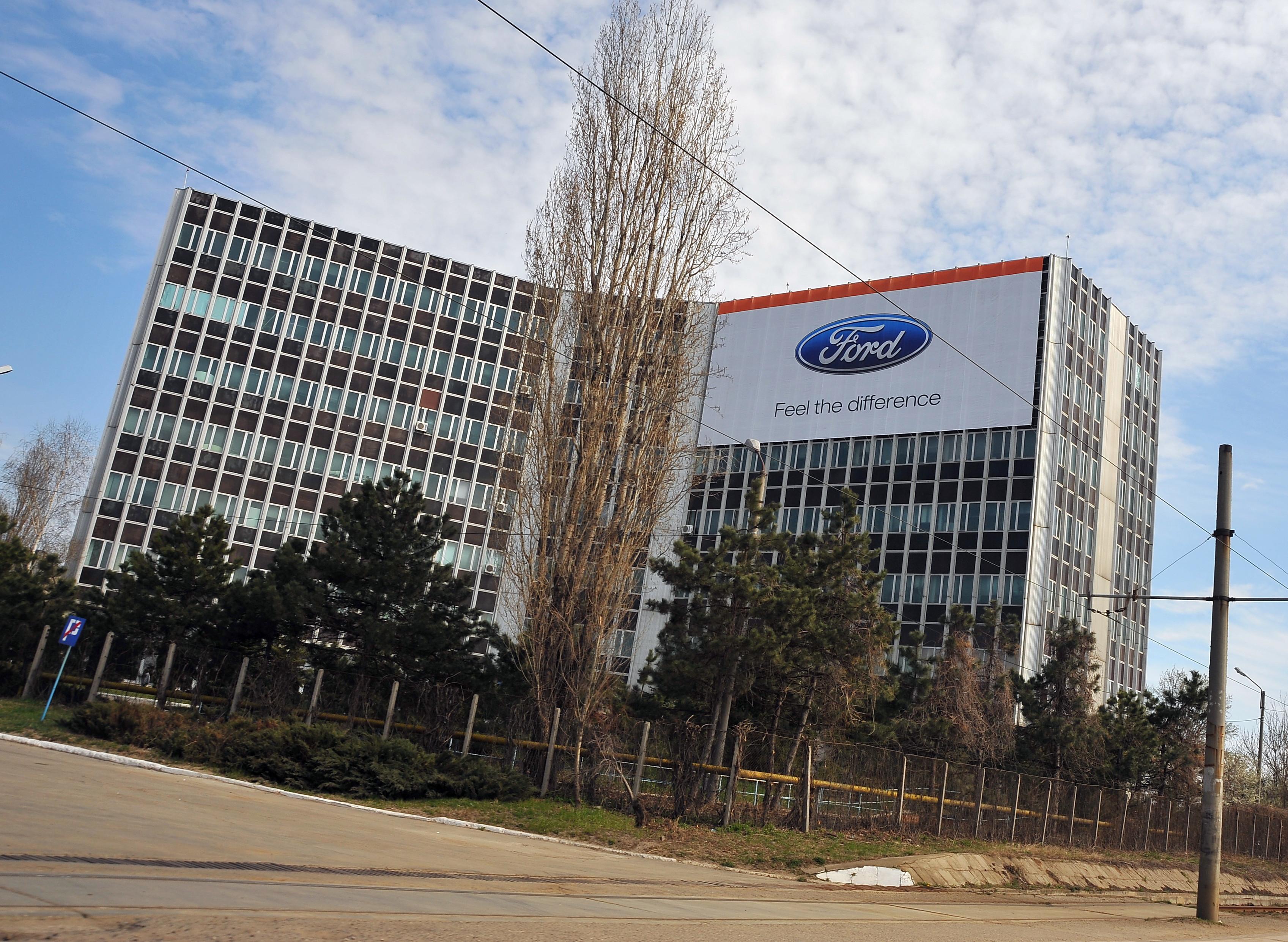 Ford Craiova și-a suspendat producția. Ce se întâmplă cu angajații