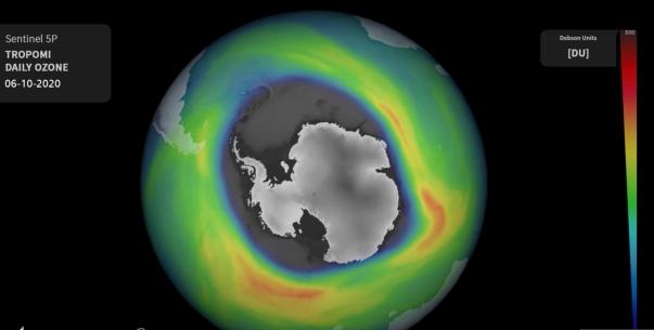 Ce se întâmplă cu gaura din stratul de ozon de deasupra Antarcticii. Anunțul cercetătorilor