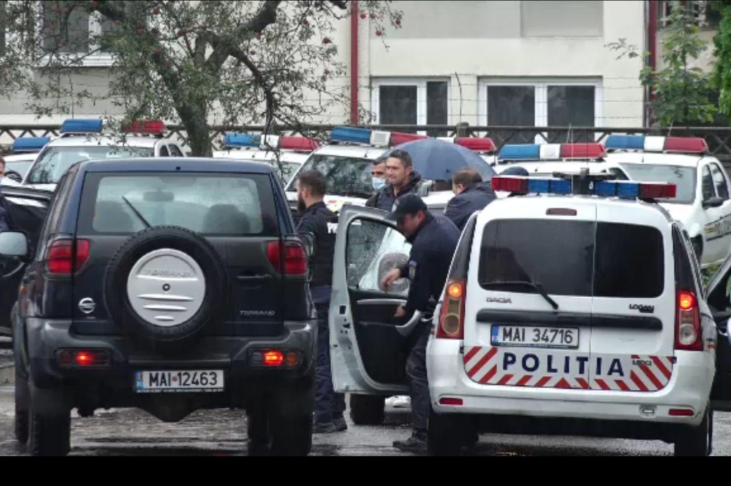 Polițiști cercetați în Baia Mare după evadarea a doi ucraineni din arest