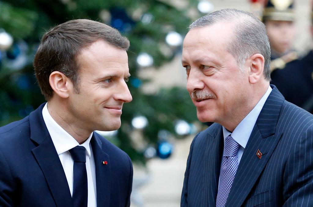 """Atac dur al președintelui Turciei. Erdogan speră că Franţa """"se va debarasa"""" curând de Emmanuel Macron"""
