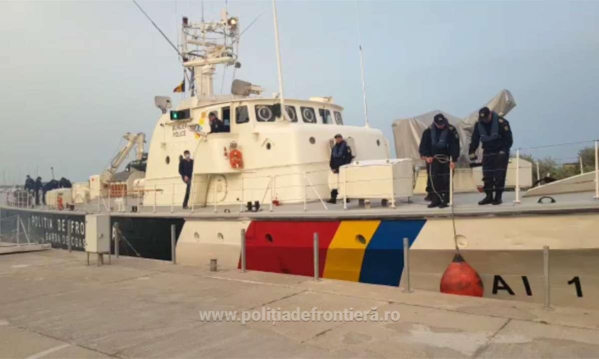 Der Spiegel: Nave românești, parte a misiunii Frontex, acuzate că împing migranții înapoi în mare