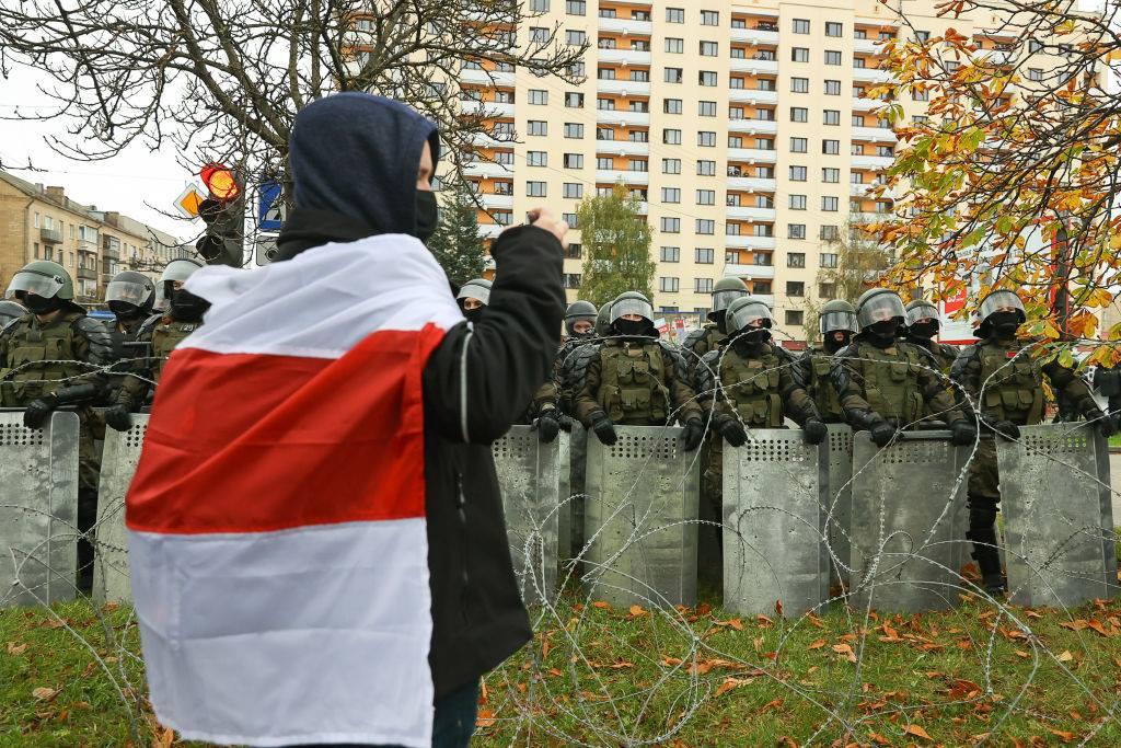 Sute de persoane, arestate la Minsk în timpul protestelor. Lidera opoziției belaruse speră în sprijinul lui Joe Biden