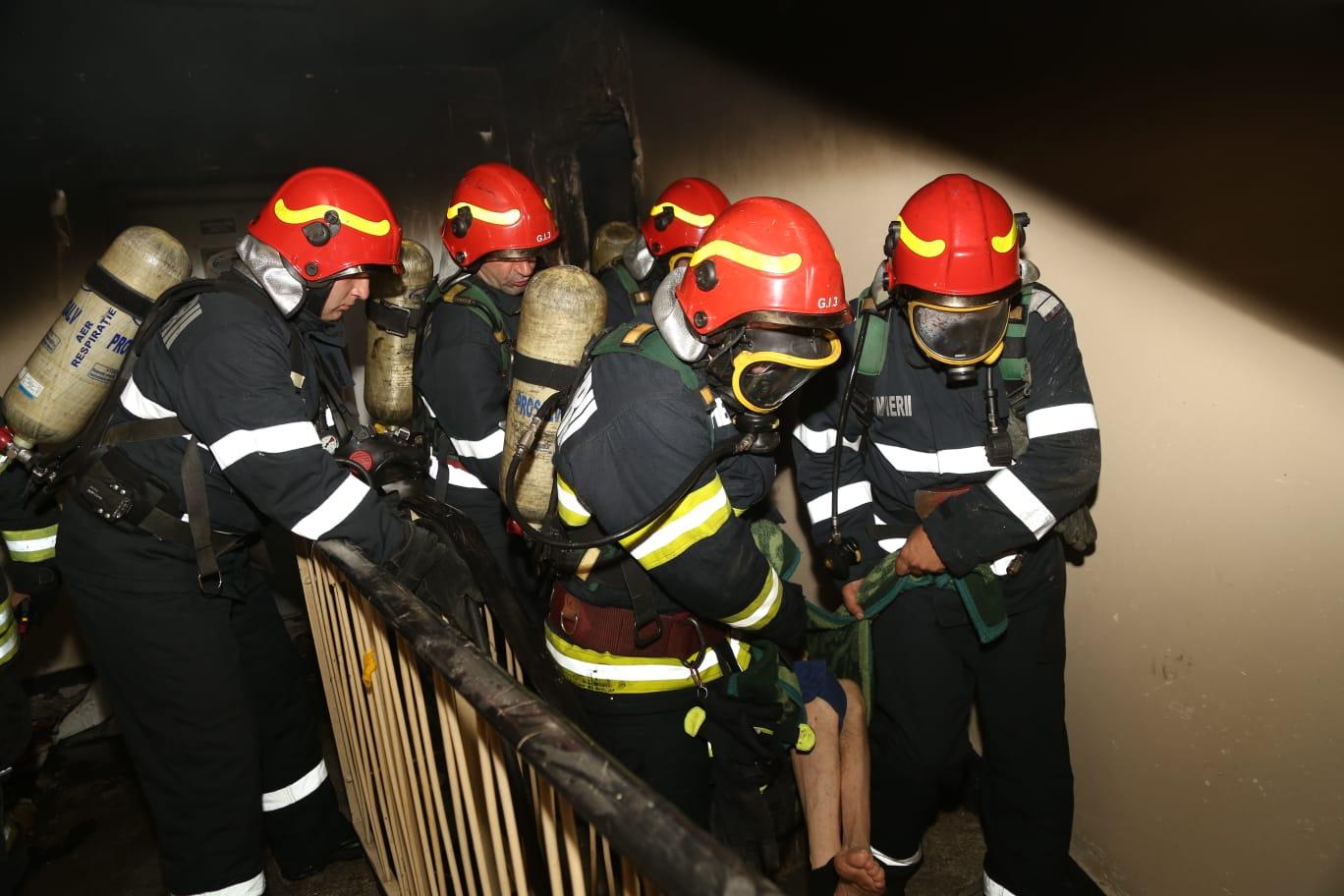 """Incendiu la spitalul Marius Nasta din București. Ministerul Sănătății: """"Nu sunt victime"""""""