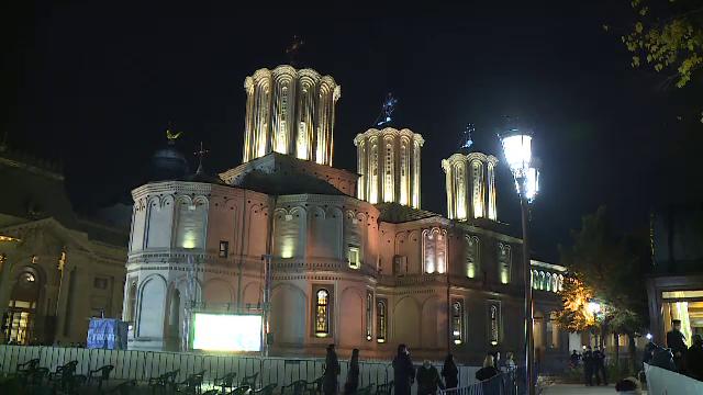 Astăzi este Sfântul Dimitrie Izvorâtorul de Mir, vestitorul iernii. Ce tradiții și obiceiuri se respectă în popor