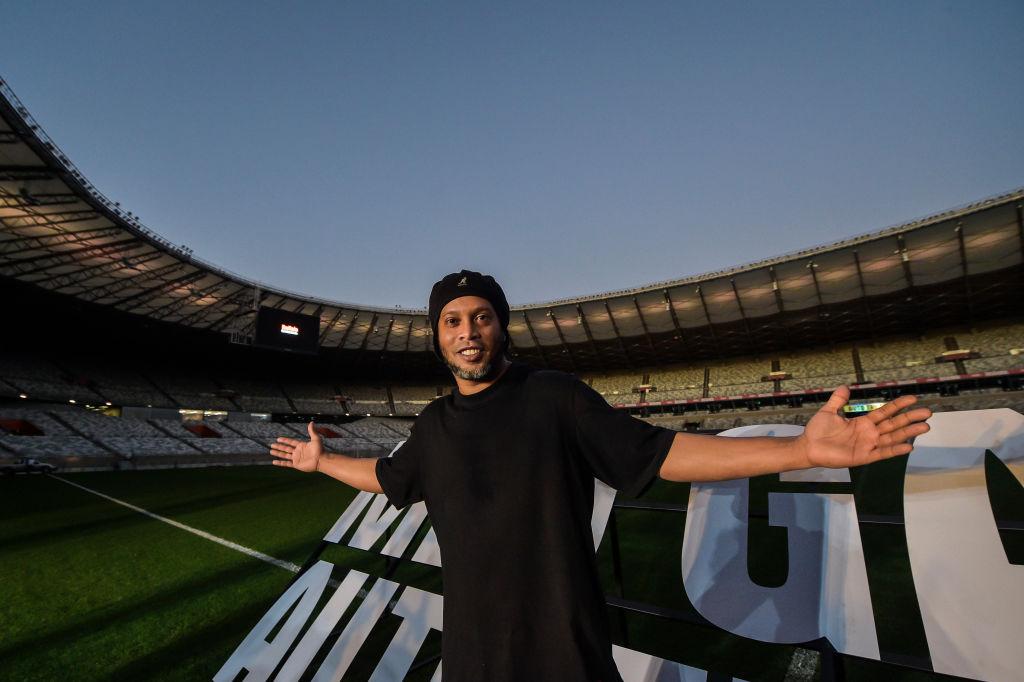 Ronaldinho a fost testat pozitiv cu coronavirus. Care este starea lui de sănătate