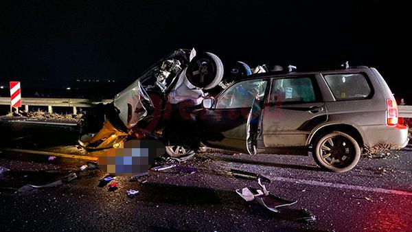 Accident grav în Vaslui, cu 2 morți și 4 răniți. A fost activat planul roşu de intervenţie